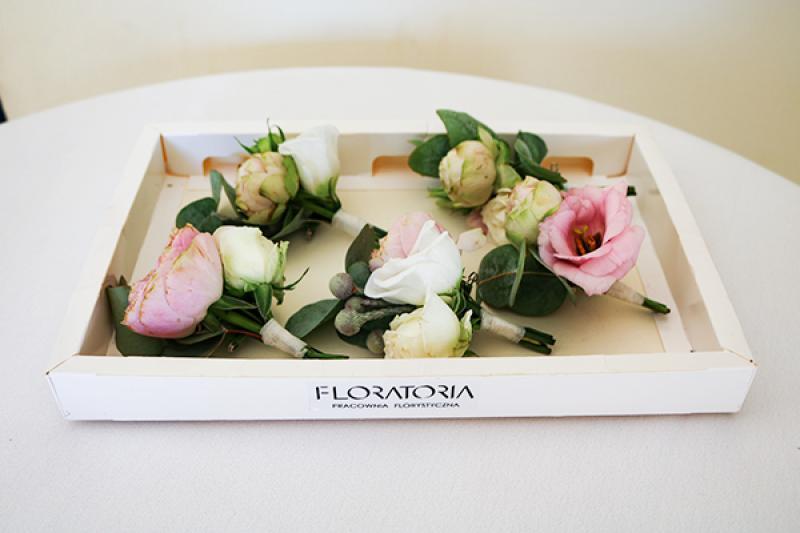 butonierki róże brunia warszawa