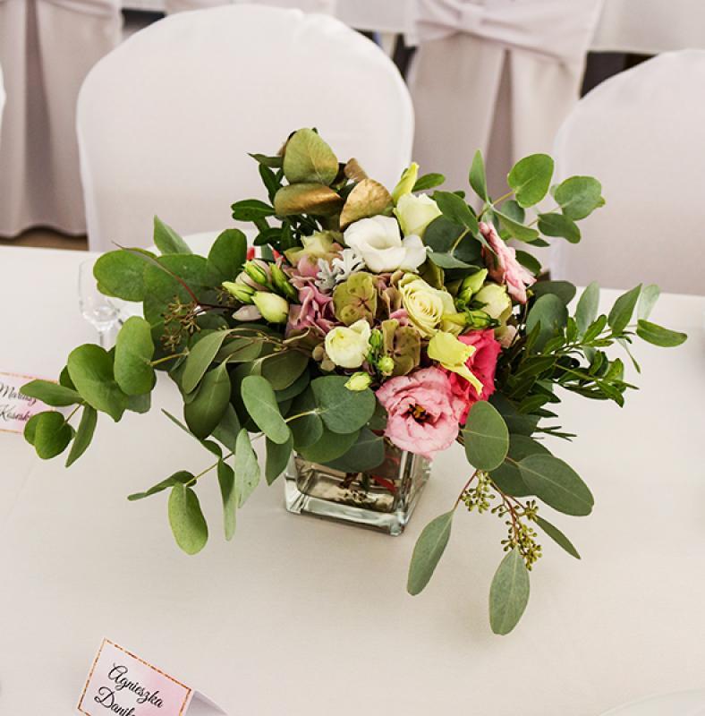 kwiaty na stół gości weselnych warszawa