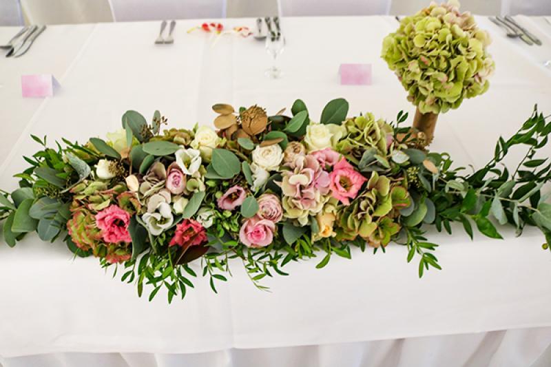 kwiaty na stół pastelowe złoto warszawa wesele