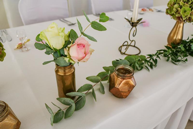 złoto-pastelowe kwiaty wesele warszawa