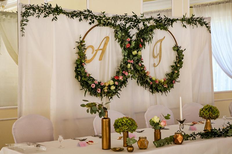 złoto-zielona dekoracja na stół młodych warszawa