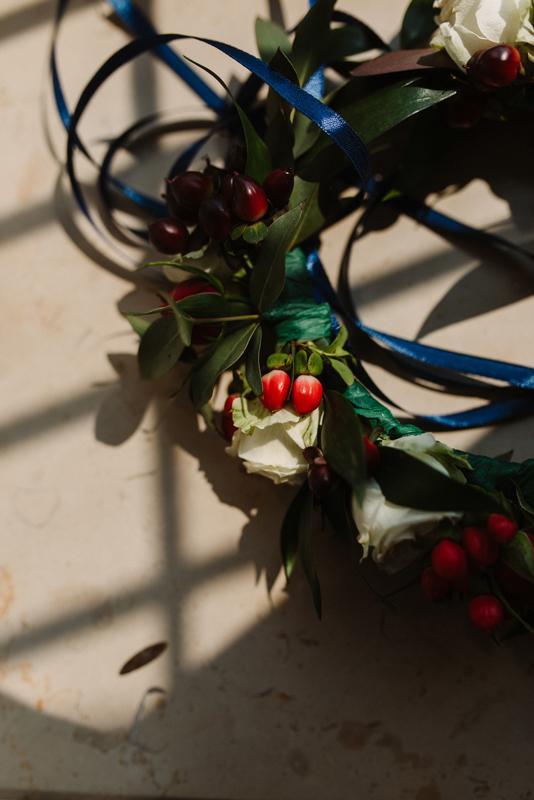 wianek dla młodej dekoracje bordo ślub