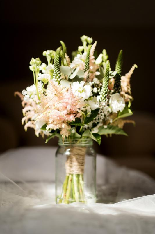 bukiet ślubny różowo biały