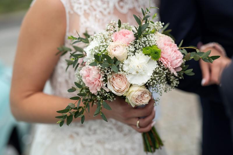 róża goździk bukiet ślubny