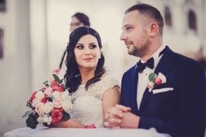 warszawa bukiet ślubny z róż i bruni