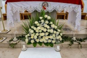 dekoracja kościoła ślub róże warszawa