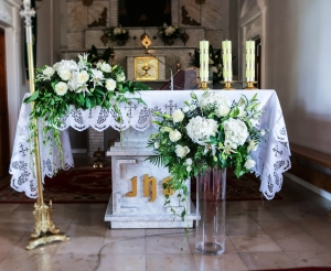 dekoracja kościoła warszawa hortensja