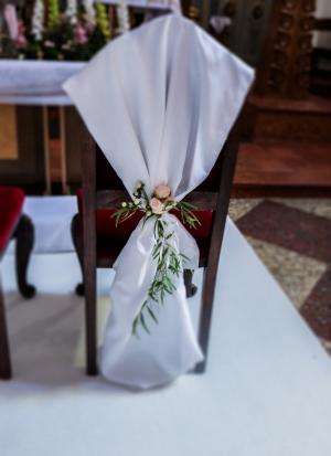 dekoracja krzeseł warszawa dekoracje ślubne