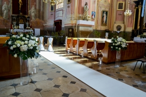 hortensja dekoracja kościół ślub