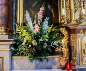 rustykalne dekoracje kościoła warszawa