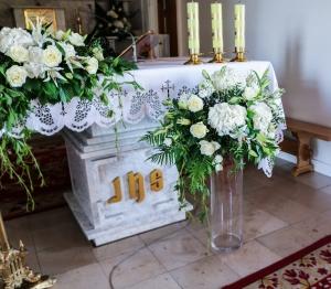 ślub dekoracja kościoła warszawa hortensja