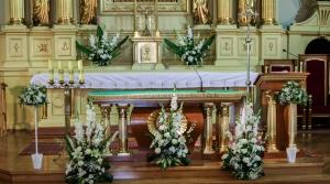 warszawa dekoracja ślubna kościoła