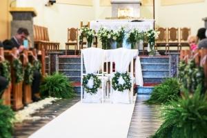 wianki-paproć dekoracja kościoła ślub