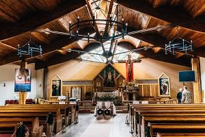 wystrój kościoła Otwock ślub dekoracje ślubne