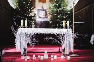 zimowy ślub kościół