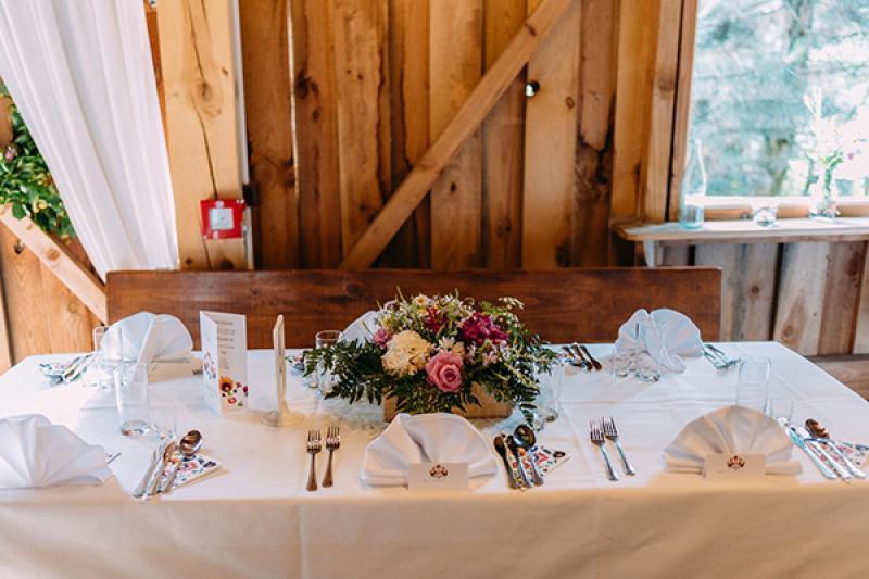 dekoracja sali weselnej warszawa stół