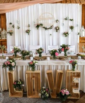 dekoracje sal weselnych warszawa rustykalnie love