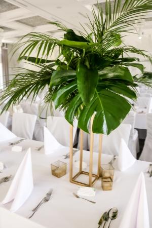 tropikalne dekoracje na ślub