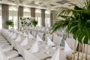 tropikalne dekoracje ślubne warszawa