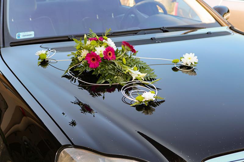 dekoracja auta gerbera
