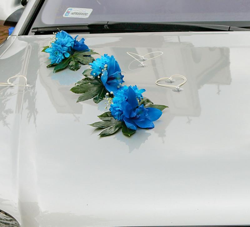 dekoracja -samochodu niebieska
