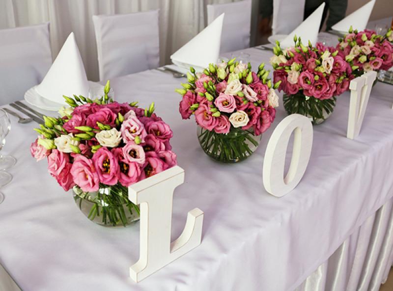 dekoracja stołu love warszawa