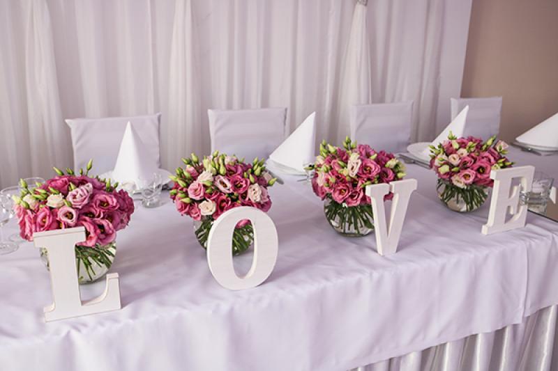 eustoma dekoracja sali weselnej warszawa