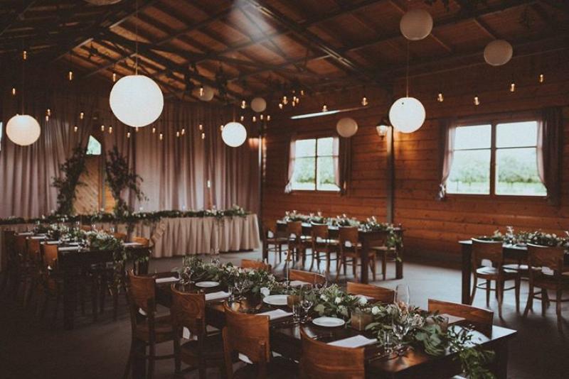dekoracje weselne boho lampki dekoracja sali