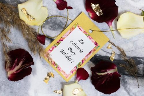 zawieszka-wodka-weslna-zloto-kwiaty