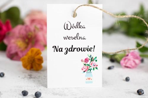 wodka-weselna-zawieszka-kwiaty-butelka