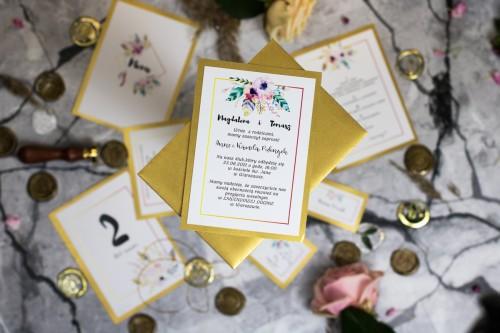 zaproszenie-kwiaty-piora-zloto
