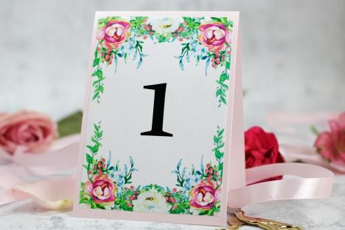 numer-stolu-rozowe-kwiaty