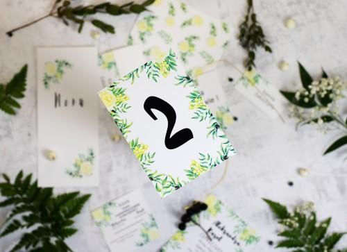 numer-stolu-oliwka-biale-kwiaty