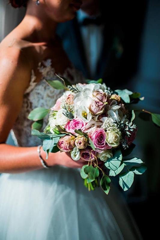 bukiet ślubny warszawa eukaliptus róże