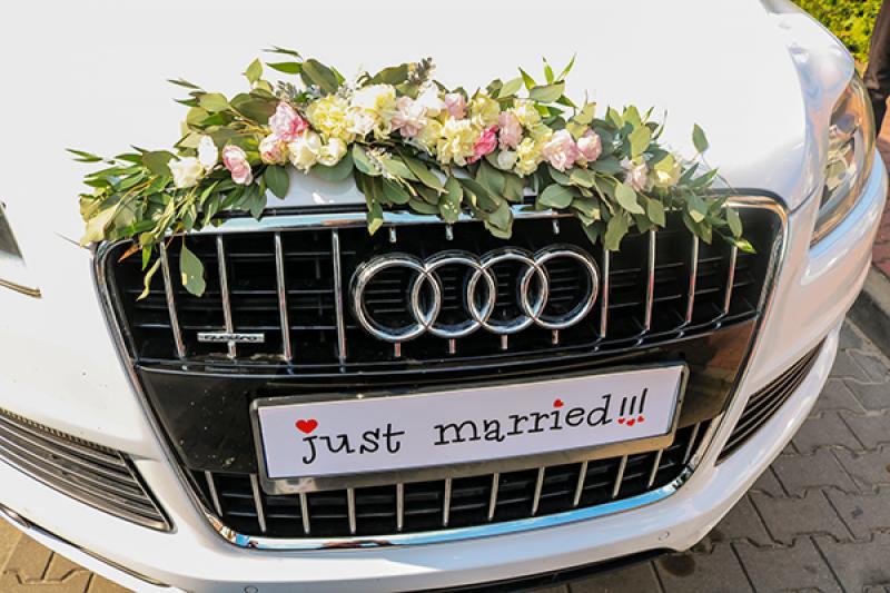 dekoracja masaki samochód ślub