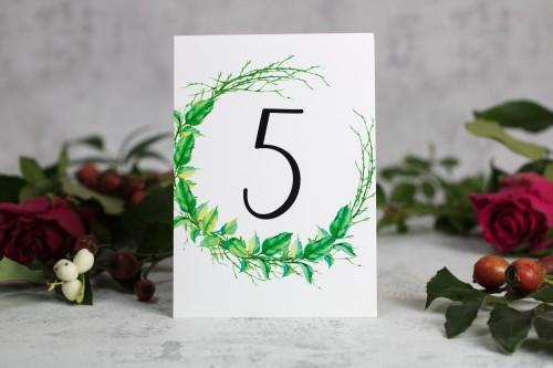 numer stołu liście patyki