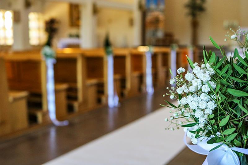 dekoracja ławek gipsówka dekoracje ślubne warszawa