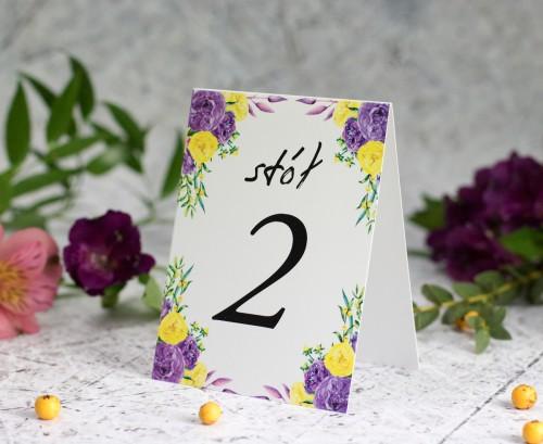 numer-stolu-fioletow-zolte-roze