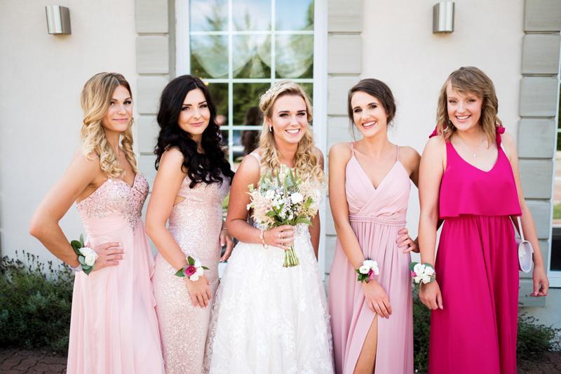 bukiet ślubny panna młoda dekoracje różowy ślub