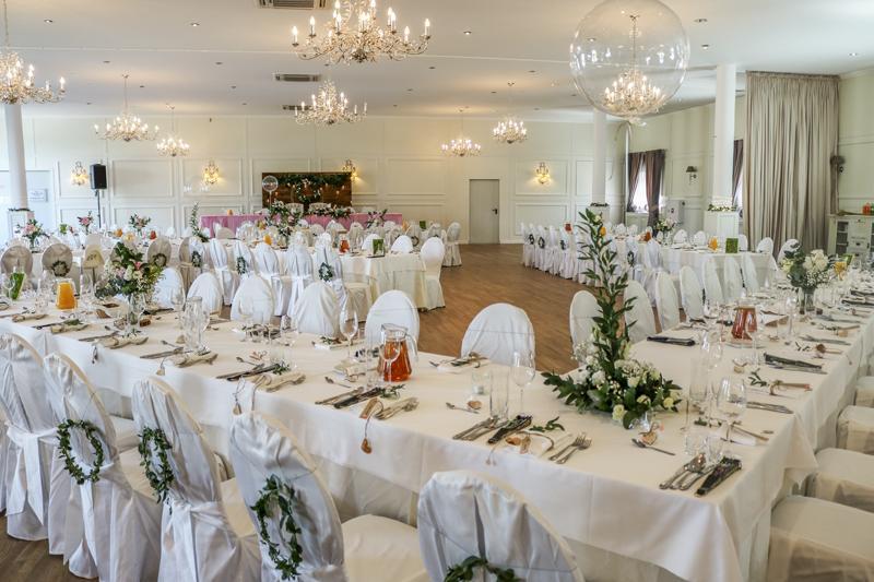 dekoracje weselne balony różowe dekoracje weselne