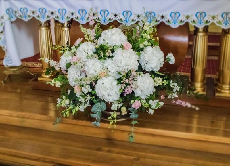 hortensja dekoracja kościoła różowe dekoracje ślubne