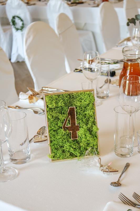 numerek stołu leśny różowe dekoracje weselne