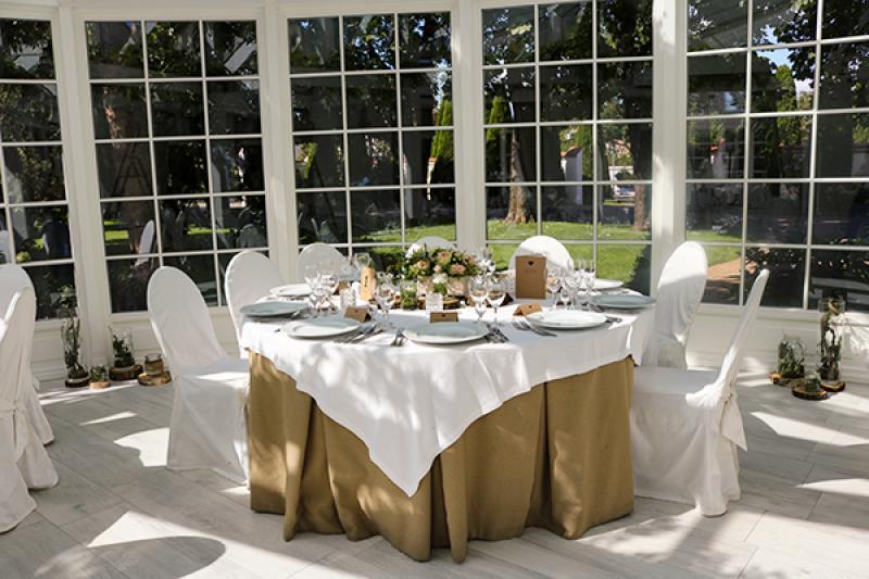dekoracje rustykalne stół