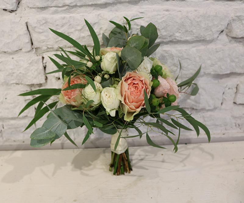 rustykalny bukiet ślubny warszawa róże