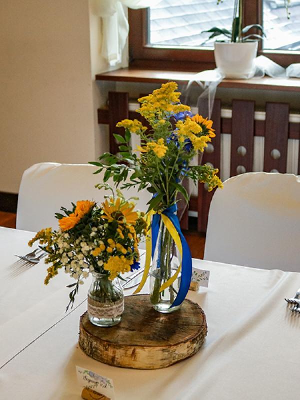 dekoracja stół gości słonecznikia