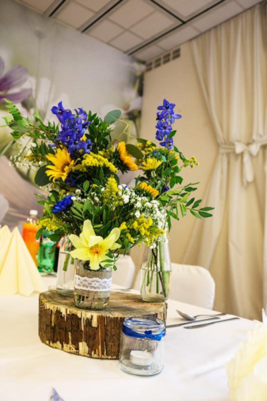 dekoracje ślubne warszawa ostróżki słoneczniki