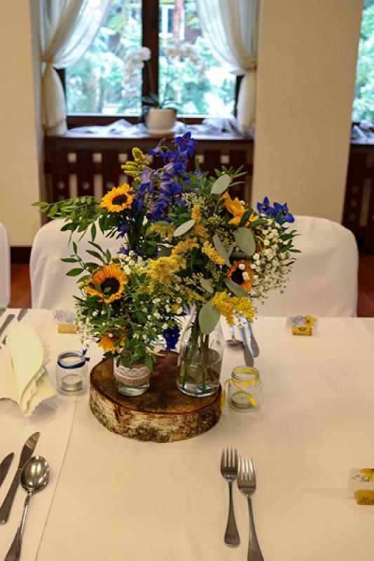 żółto-niebieska dekoracja ślubna warszawa