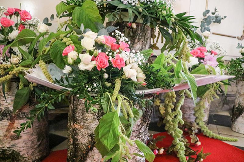 dekoracja kościoła warszawa  boho