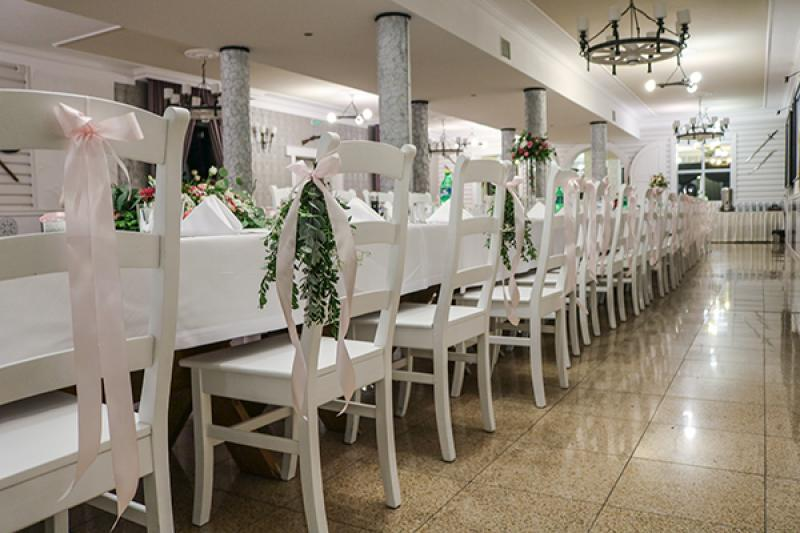 dekoracja krzeseł wesele warszawa