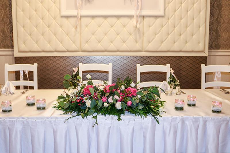 stół pary młodej kwiaty warszawa